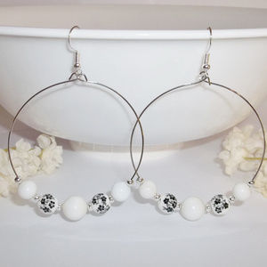 Statement Hoop Earring Black White Flower Set 4545